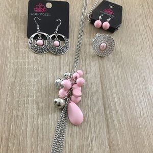 Jewelry - Long baby pink Necklace